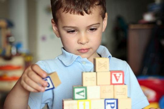 Как научить своего ребёнка английскому?