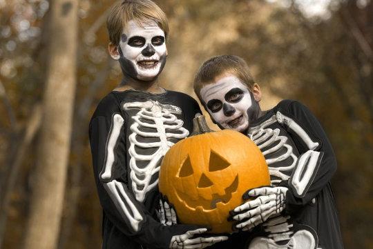 Костюм скелетов на Хэллоуин