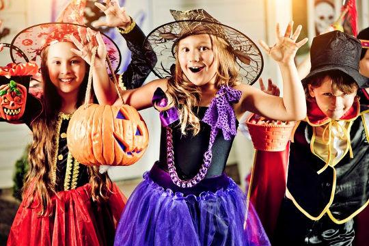 Ведьмочки самые популярные костюмы на Хэеллоуин