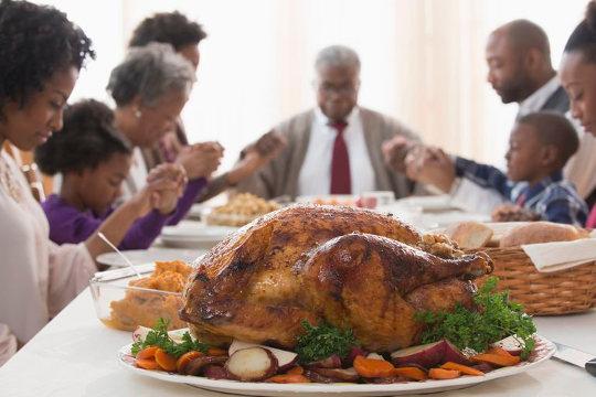 Индейка - основное блюдо на празднике Дня Благодарения
